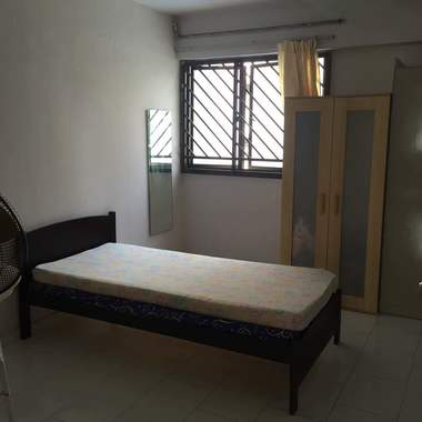 Room for Rent Near Marsiling MRT (6 min walk distance)