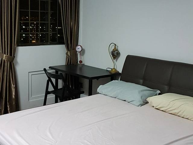 Room for rent bedok singapore master bedroom with for Master bedroom with attached nursery