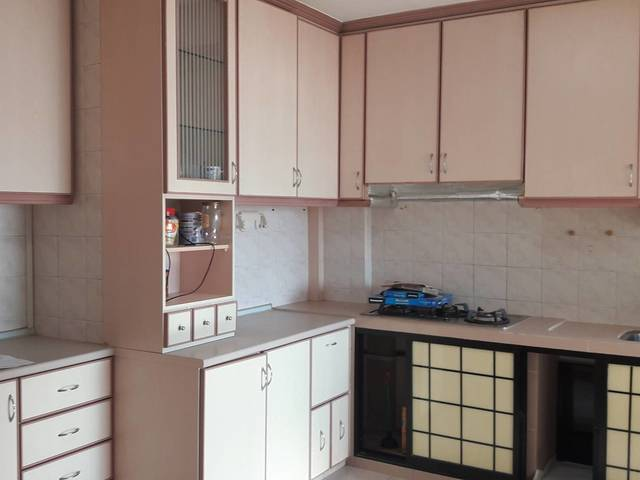 Blk 126 Hougang Ave 1 Common Room for Rent walk to Amenities and near Defu Industrial