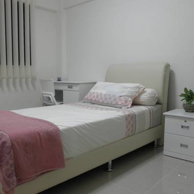 NO AGENT FEE, YISHUN, NICE ROOM, A/C, FIBER WIFI, FULLY FURNISHED