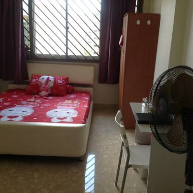 Room near Yishun MRT