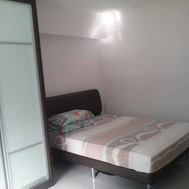 Common Room for Rent at Yew Tee