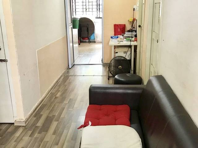 Blk 234 Toa Payoh Lorong 8 Two Bedrooms unit near amenities