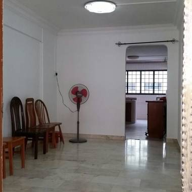 HDB 3 ROOM AT CHONG PANG AREA