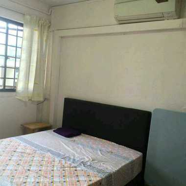 Big master bedroom at Bukit batok