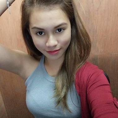 Gellie Laurenana is looking for a room in Singapore