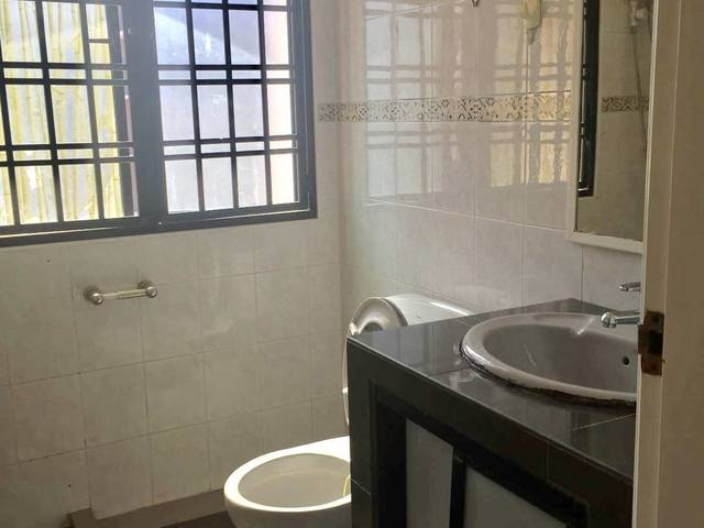 Room For Changi Singapore Master Fully Furnised Attach With Bathroom