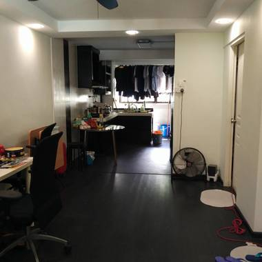 Near Queenstown MRT Stirling Road Room For Rent