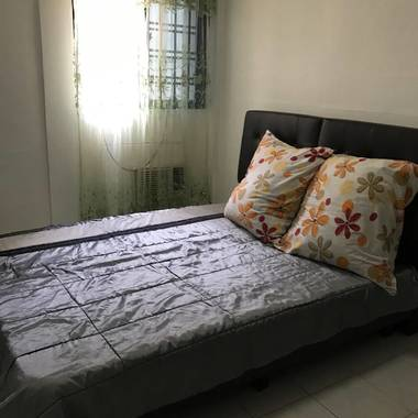 YIO CHU KANG MRT MASTERBEDROOM FOR RENT