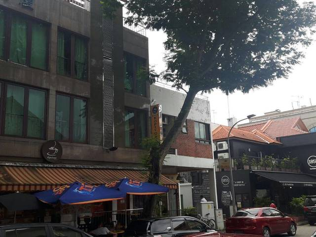 6th Ave Pte Apt Master Rooms and Common Rooms-walk to Sixth Ave MRT and Mall