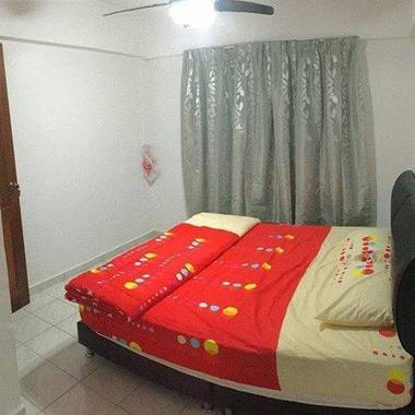 Yishun Common Aircon Room To Rent