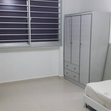 Common room for rent at Bishan central