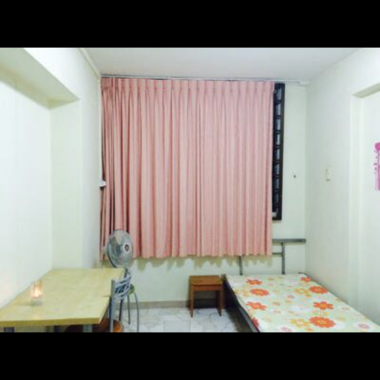Serangoon North Ave 2 Room rental for chinese female or couple