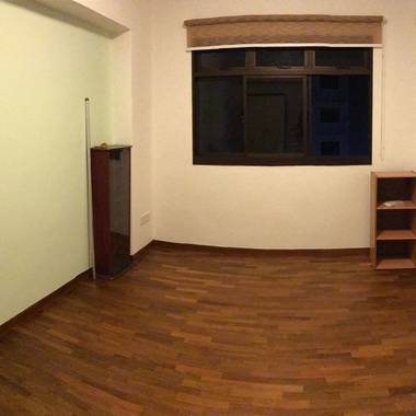 Empty common room for rent