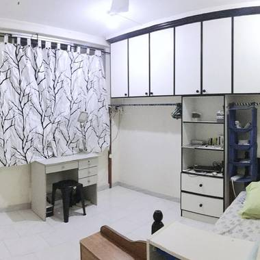 1 Bedroom, 1- 2 min to Kembangan MRT