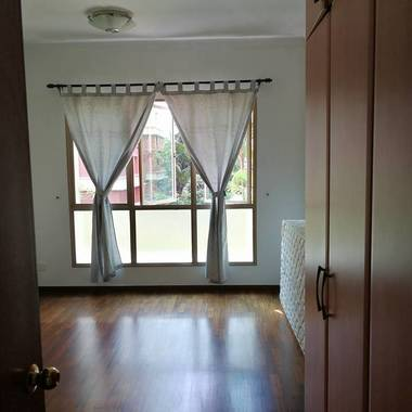 Buangkok/Hougang/Sengkang condo common room for rent