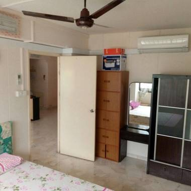 No agent fee...Common room for rent at Choa Chu Kang Avenue 2