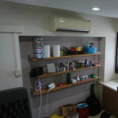 Pioneer single room for rent *No owner*