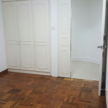 whole unit at marine parade for rent