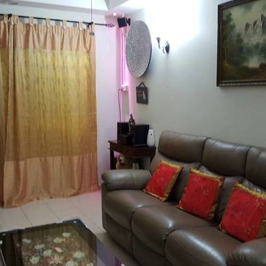 Room for rent at Bukit Batok Ave 4