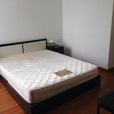 Furnished Condo Master Room for rent