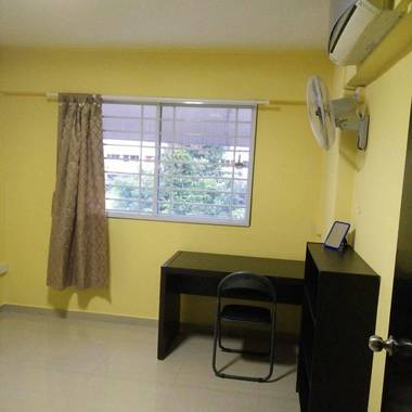 Spacious common room for rental