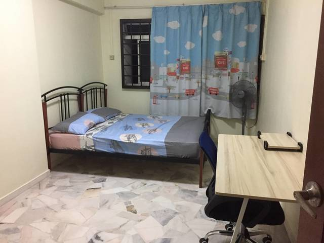 Room For Rent Jurong West Singapore Common Room For Rent At Jurong West St 74