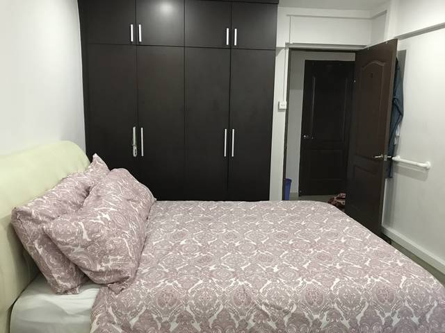 Room For Rent Bedok Singapore Master Bedroom For Rent 900 Mnth Utilities Included