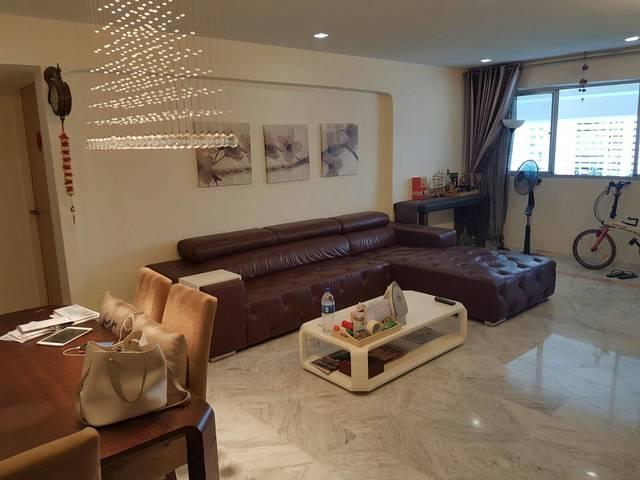 Master Bedroom near Tampines MRT for Rent