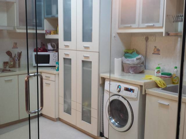 2+1 THE PLAZA APT AT BEACH ROAD FULLY FURN WHOLE UNIT FOR RENT. BUGIS/ NICOLL HIGHWAY MRT.