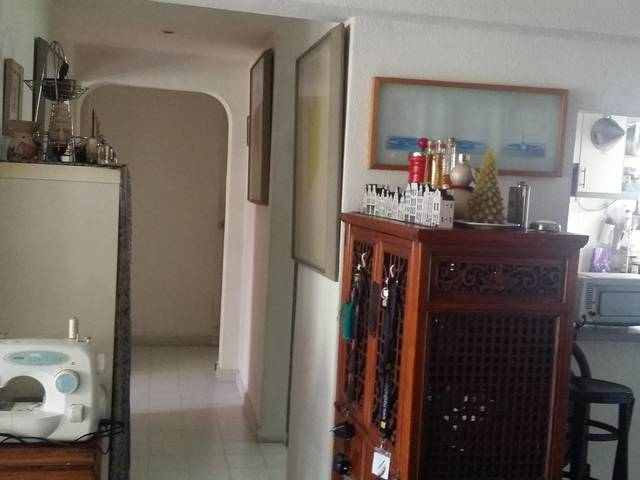 Location - outside CBD area Tanjong Pagar/Chinatown/Outram