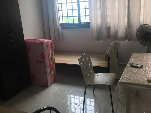 Two Big Rooms in hougang for rent. Short / long term
