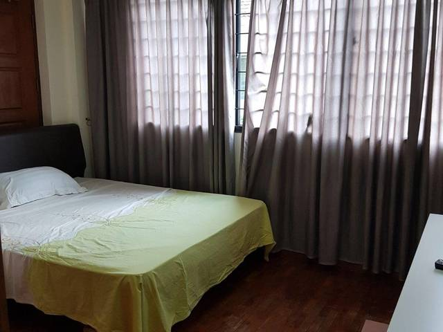 Seraya Lodge Common Room -180 SQ Ft /from $1,000 (PUB split by Head count)