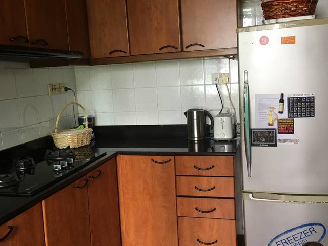 Cosy double room ideally located in Holland V
