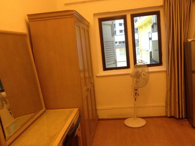 One bedroom Studio Near MRT, Include PUB wifi. No owner. With Privacy