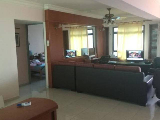 Share Room for rent