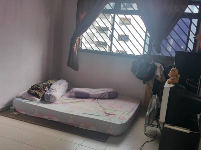 2+1 Blk320 Clement ,Near Mrt for rent @1.9k