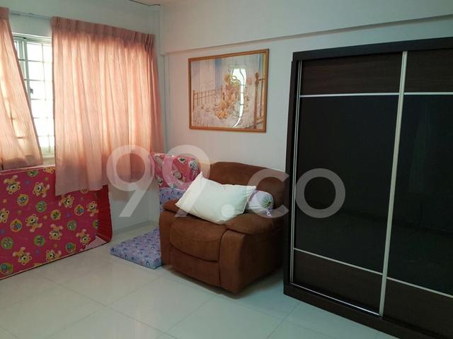 Blk 320 Jurong East St 31 whole unit for Rent