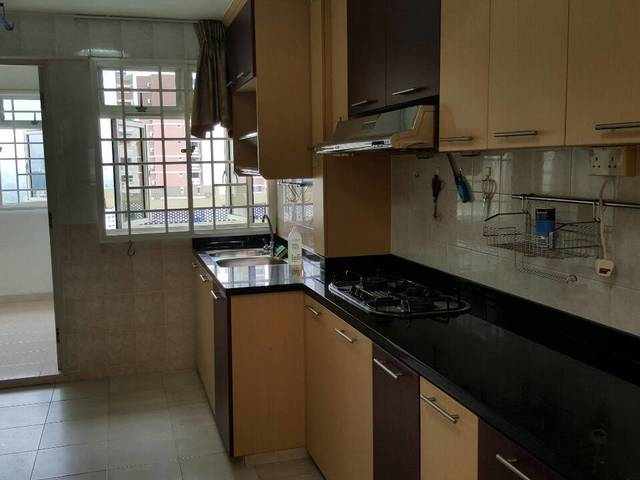Holland Ave 2 Bedroom Flat for RENT