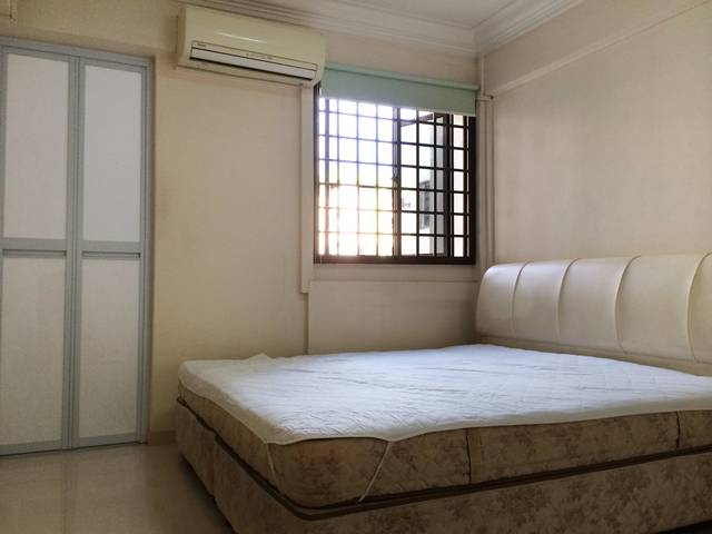 Master Room @ Clementi West For Rent-$850-1pax/$1000-2pax (No Agent Fees)