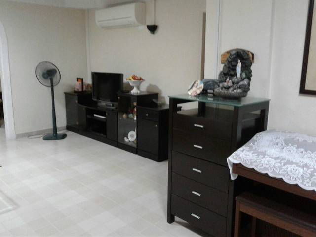 Whole HDB flat with 3 bedrooms for Rent (Serangoon)