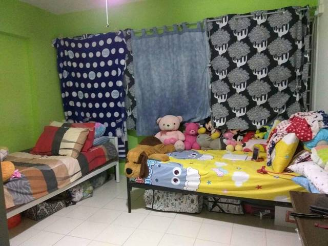 Shared room in Hougang