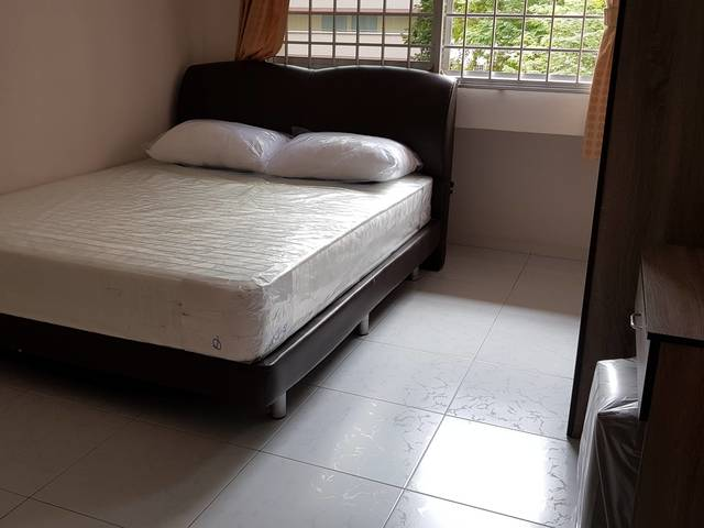 Room for rent near Yew Tee Mrt