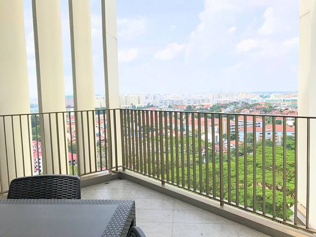 FOR RENT - 1BR PENTHOUSE in SKYWOODS