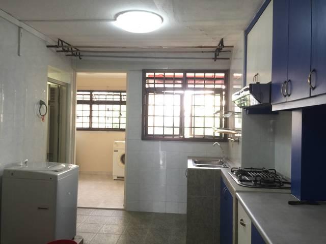 Rent - 12 Holland Avenue - 2 mins to Holland Village MRT station
