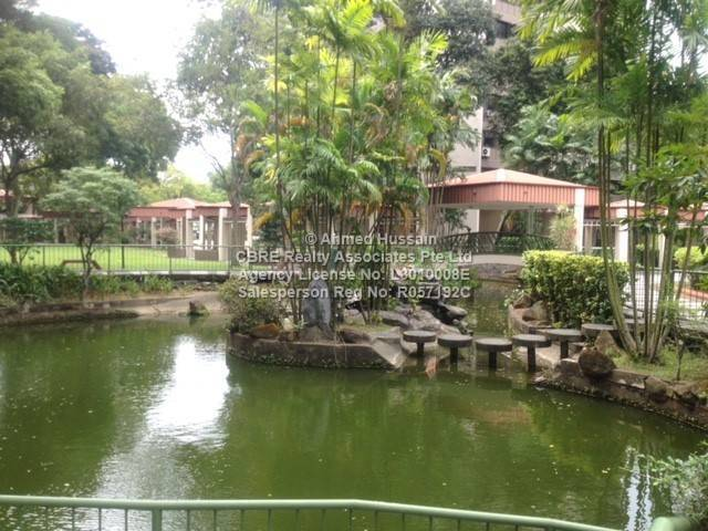 Clementi - Large Master Room Rental  (Near MRT) - No Agent Fee