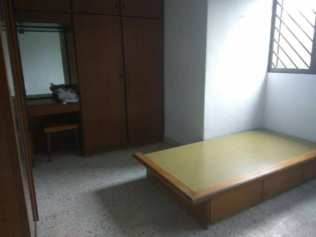 84 Whampoa Drive Shared Room