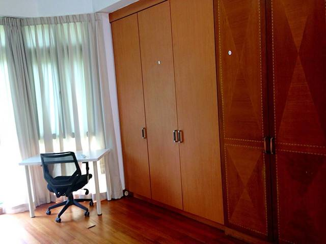 Bright tidy codo common room, near Boon Keng MRT, available now