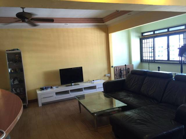 Whole Flat for Rent @ Blk 483 Choa Chu Kang Ave 5