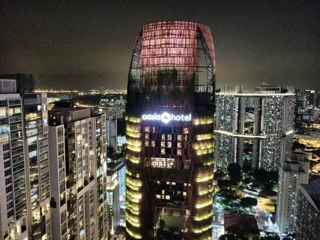 Condo 1-2 persons @ International Plaza - Available from Dec/Jan
